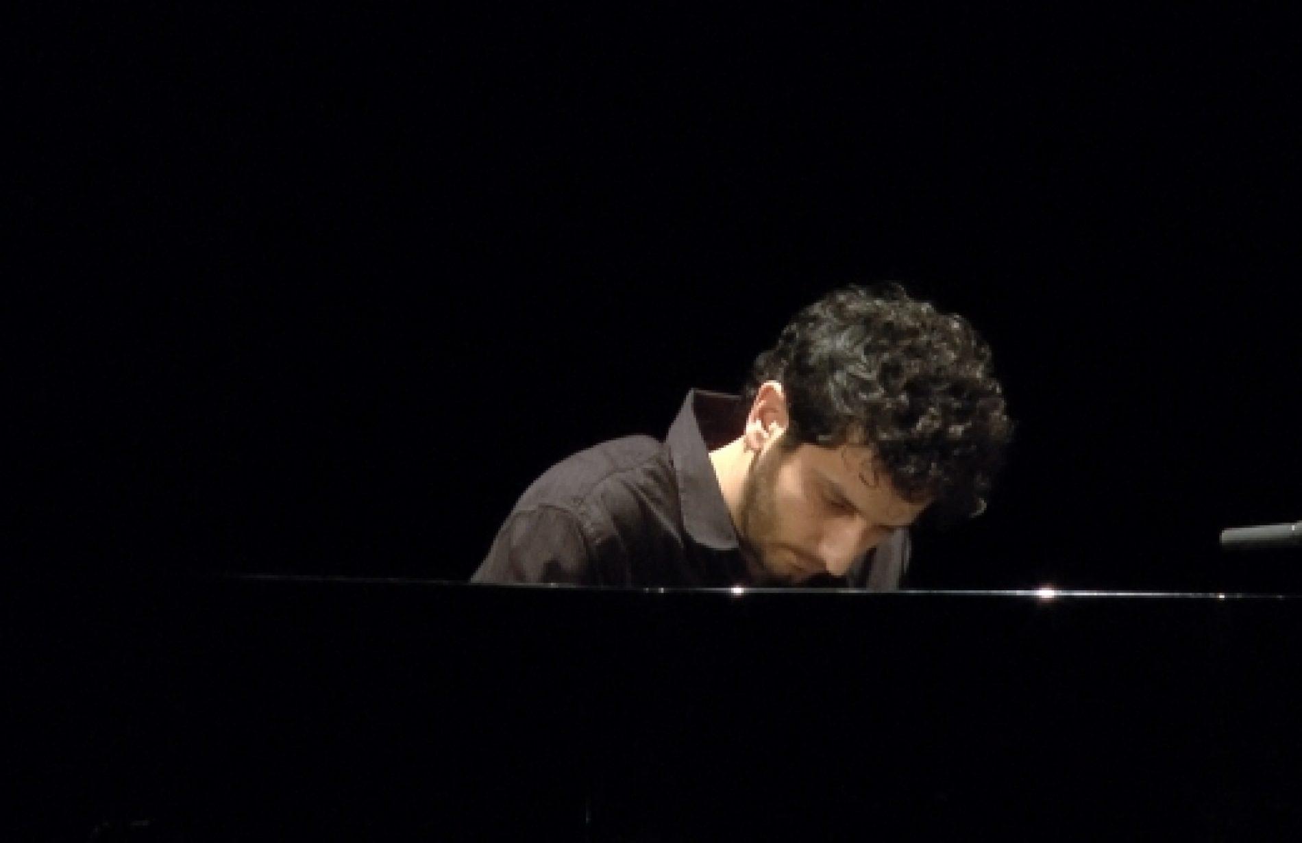 Farag Sleman au Festival des Jeunes Créateurs Contemporains palestiniens  à l'IMA